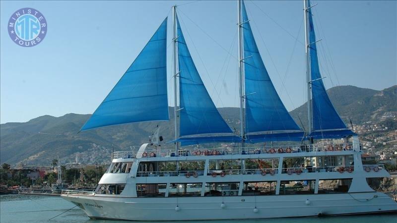 Яхта Старкрафт в Алании