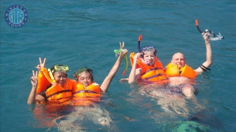 Alanya'da Balık avı ve şnorkel