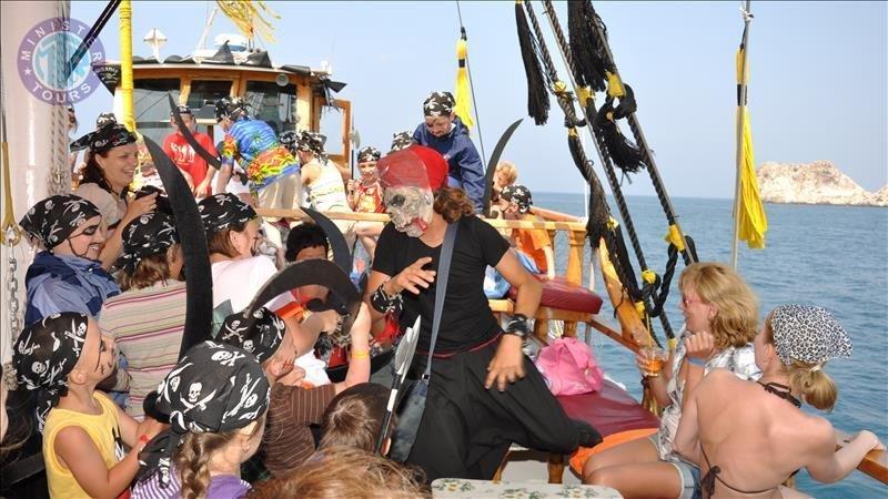 Pirate Boat Tour in Kumkoy